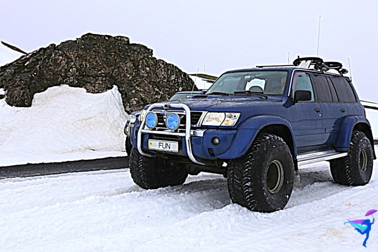 Winter Super-jeep Expedition tour Discover Iceland