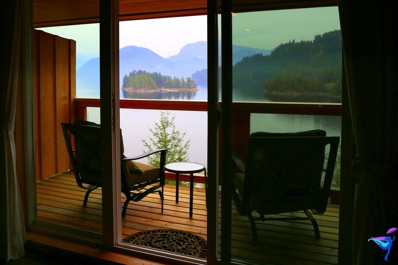 West Coast Wilderness Lodge Vacations Abroad Egmont, British Columbia room view